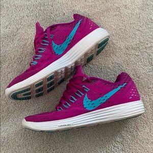 Like new Nike running shoes size 8